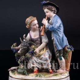 Статуэтка из фарфора Пара с козликом, аллегория Осени, Германия,, кон. 19 в..
