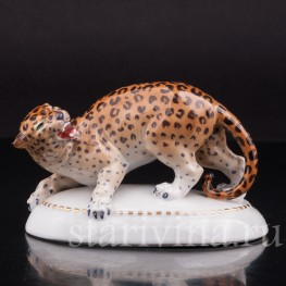 Статуэтка из фарфора Леопард, Hertwig & Co, Katzhutte, Германия, нач. 20 в.
