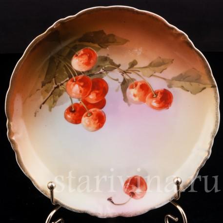 Декоративная фарфоровая тарелка Вишни, Porzellanfabrik Marktredwitz, Jaeger & Co., Германия, 1872-1898 гг.